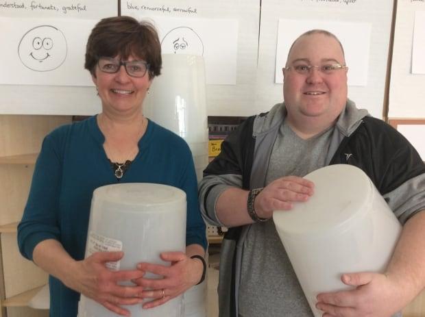 Bucket drumming teachers