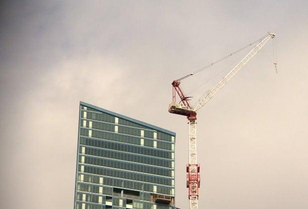 Toronto L Tower crane