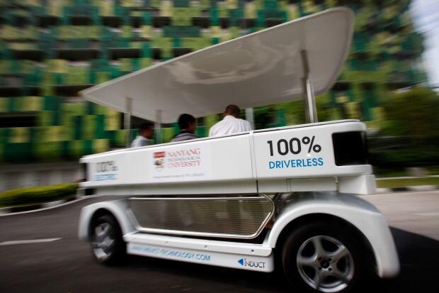 SINGAPORE/DRIVERLESS-CAR