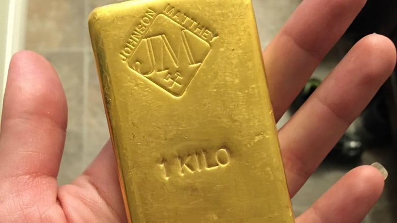 Calgary plumber finds $50K gold brick during reno   CBC News