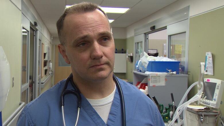 Dr. Warren Fieldus