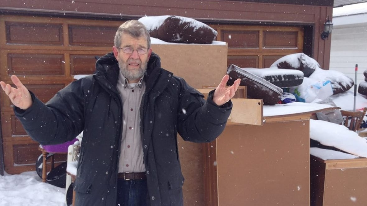 Kit Pullen was unwittingly pulled into an online rental gone awry after  someone put the home he lives in up for rent on Kijiji. (Roger Dubois/CBC)