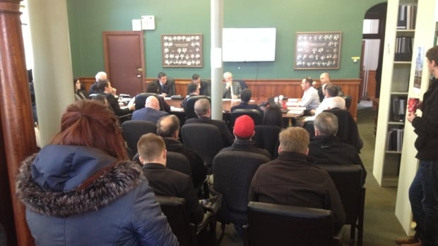 The meeting room for the Standing Committee on Education and Economic Development was full.