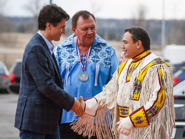 Trudeau Ceremonial Chief 20160304