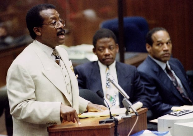 Defense attorney Johnnie Cochran Jr O.J. Simpson trial