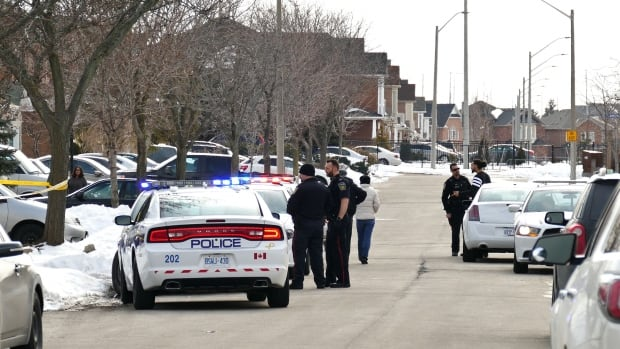 Peel police interview residents of the Mississauga neighbourhood where a 19-year-old  man was fatally stabbed on Saturday.