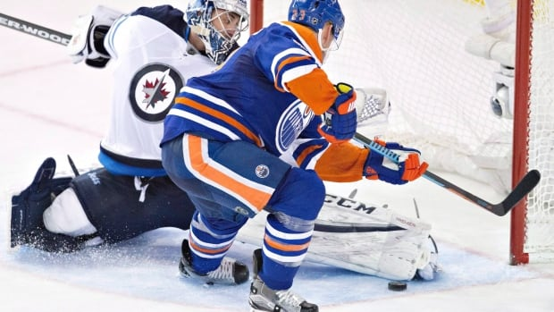 The new Winnipeg Jets and Edmonton Oilers should also generate excitement the day after the teams' alumni play in Winnipeg in October, Adam Wazny says.
