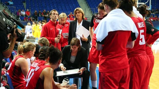 Lisa Thomaidis, seen above in a 2014 game in Istanbul, coached the Canadian women's basketball team to Pan Am gold and an Olympic berth in 2015.