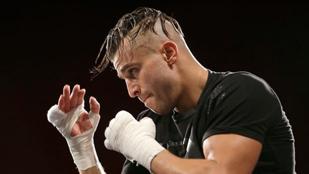 Canadian Boxer David Lemieux will face American James de la Rosa on Saturday.