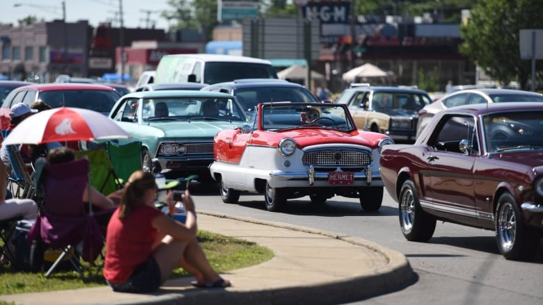 Pitch For Classic Car Cruise In Windsor Gaining Support CBC News - Classic car cruise