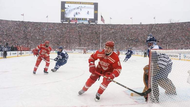 5cc8aa835 Maple Leafs to host Red Wings in NHL Centennial Classic | CBC Sports