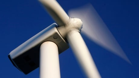 Kluane Lake wind project to go ahead, with investment from Ottawa