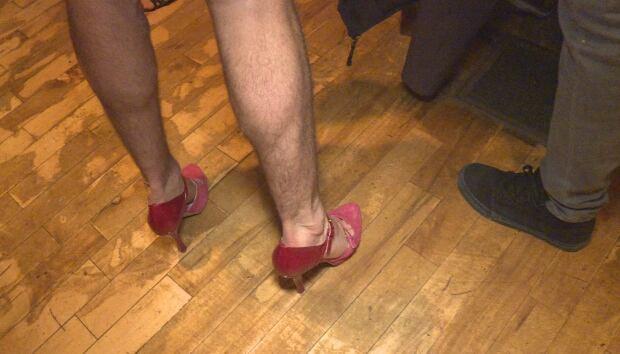 Union Local 613 Ottawa heels men servers March 9 2016