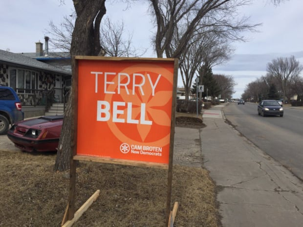 Terry Bell campaign signs still sit in Regina