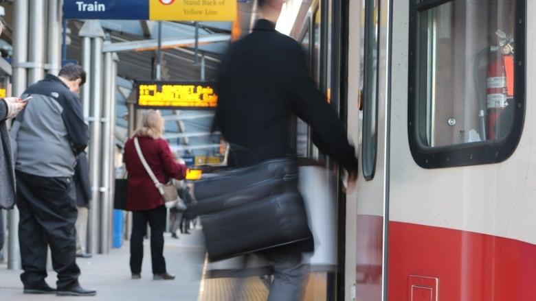 Calgary Transit testing smartphone ticket app
