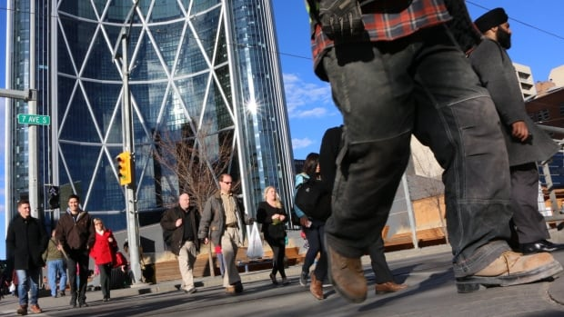 Alberta's unemployment rate is heading down, with about 20,000 full-time jobs created in March, according to Statistics Canada.