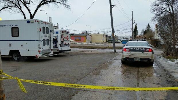 Hazeldell and Henderson, Winnipeg police investigation