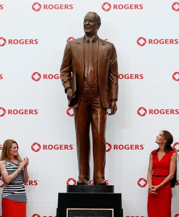 Toronto Ted Rogers sculpture