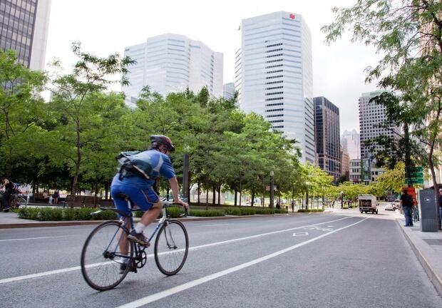 Urban Cycling Safety 20130811
