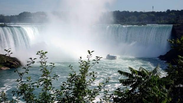 CANADA-TOURISM/