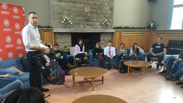 Saskatchewan NDP leader Cam Broten speaks to a group of students at St. Andrew's College in Saskatoon.