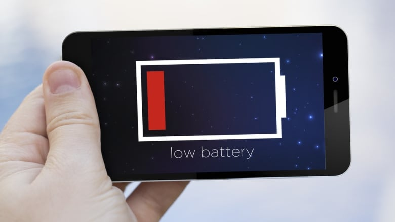 why you shouldn 39 t expect a long lasting smartphone battery any time soon cbc news. Black Bedroom Furniture Sets. Home Design Ideas