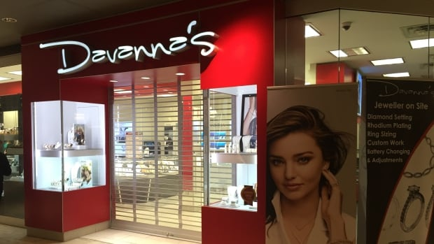 Davanna's jewelry store in the Avalon Mall was held up on Thursday night.