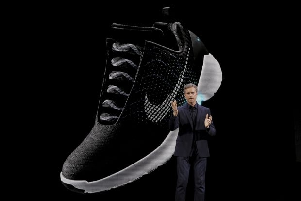 NIKE HyperAdapt 1.0 self-lacing shoe CEO Mark Parker