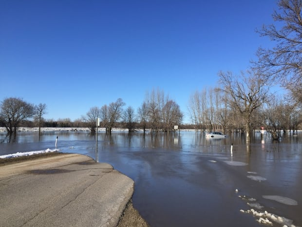 Highway 204 closed due to flood