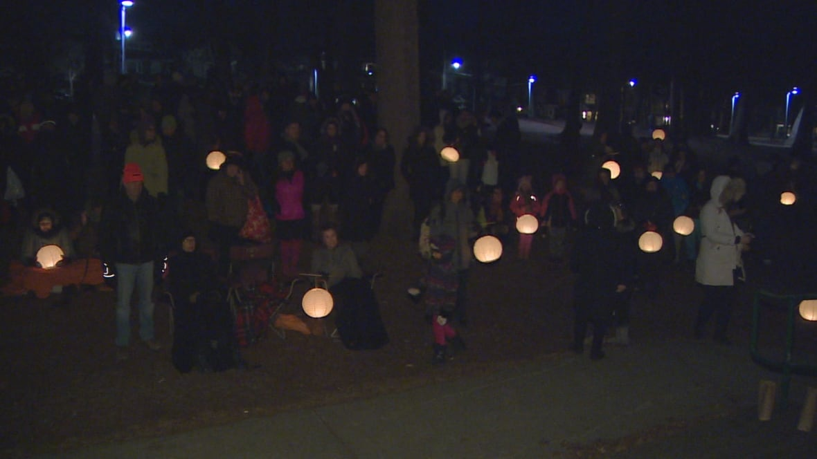 Earth Hour marks 10 years with lights out tonight