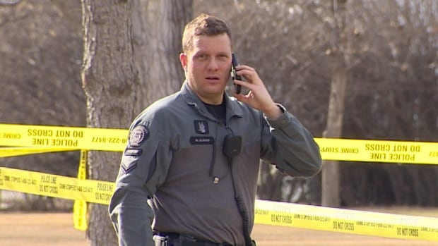 Witnesses tell CBC News they heard 2 shots at Calgary's Stanley Park Sunday afternoon at about 4 p.m. followed by police taking a man into custody.