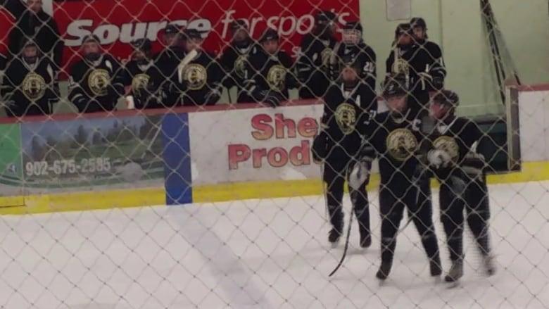 Nb pei midget hockey — photo 9