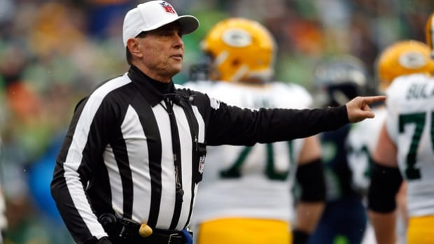 NFL owners have approved a one-year trial to have referees eject players who draw two unsportsmanlike conduct penalties including punching, kicking, taunting or insulting language and gestures.