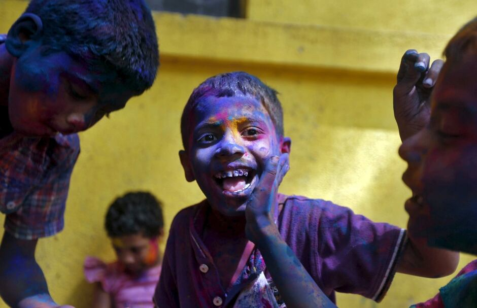 Holi 2016 Hindu colour festival Mumbai March 23