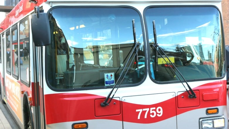 Old Calgary buses sold to Winnipeg to help that city's service