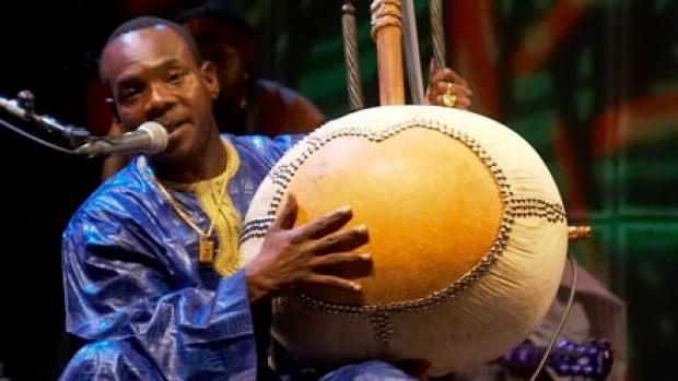 Kora player Toumani Diabaté performs at the 2007 Afrofest in Toronto.