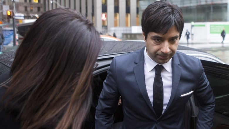 Ghomeshi trial judge praised by lawyers for 'right decision'