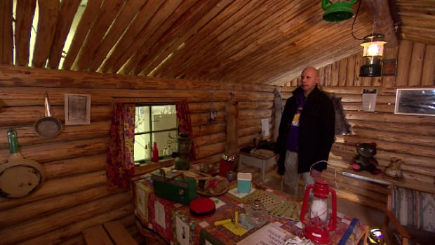 La Loche feature story cabin