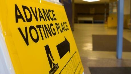 advance voting - poll- Saskatchewan - election
