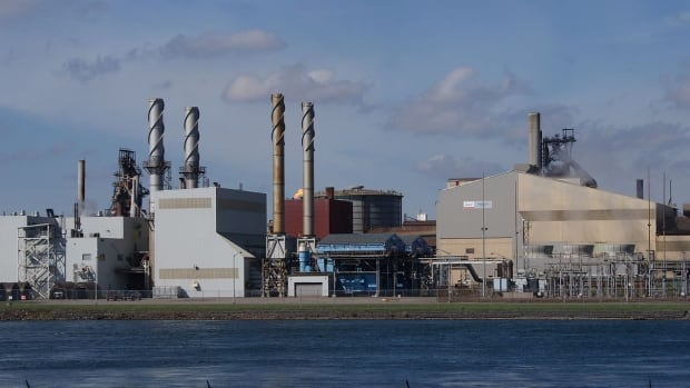 98 per cent of workers at Essar Steel in Sault Ste. Marie, Ont. have voted in favour of a strike if a new collective agreement can't be reached.