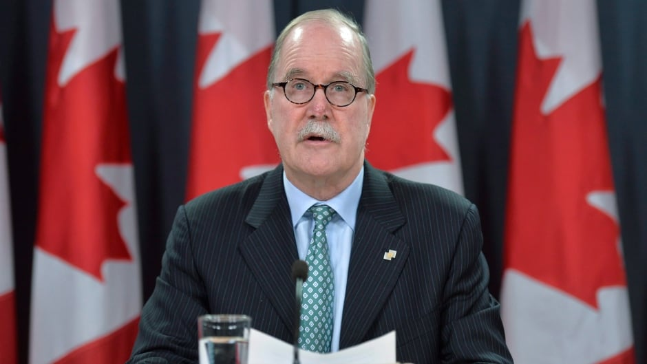 Official Languages commissioner Graham Fraser speaks at a news conference in Ottawa on Tuesday, Oct. 7, 2014.