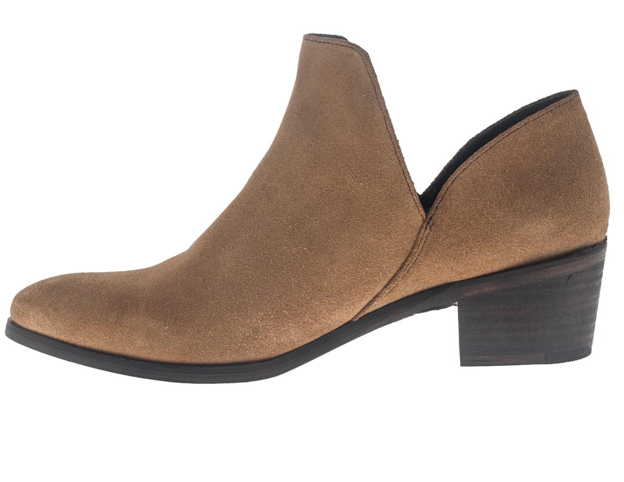 P.E.I. man making his mark in shoe