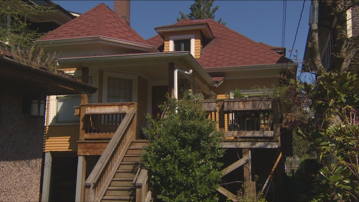 Airbnb House In Vancouver S West End Concerns Social