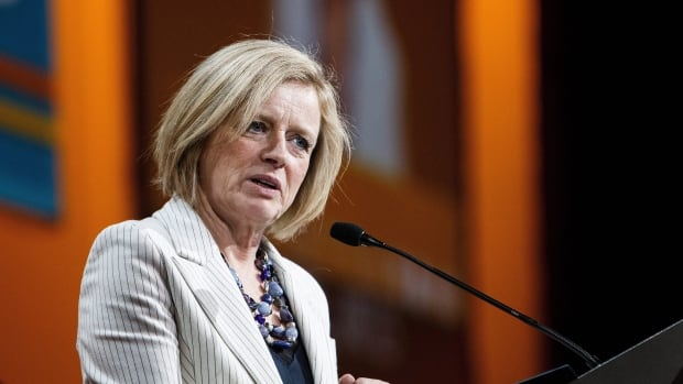 Rachel Notley continued to push for pipelines during the 2016 NDP federal convention in Edmonton on Saturday amid debate over the so-called Leap Manifesto.
