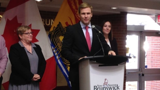 Premier Brian Gallant announced free tuition for low and middle-income students on Thursday.