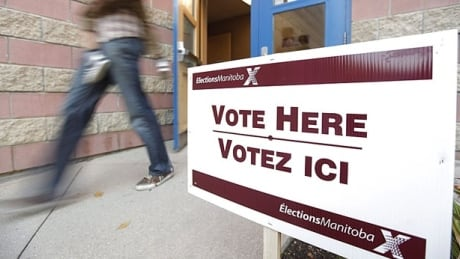 elections-manitoba-polling-station
