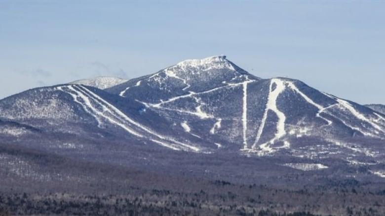 Skier dies of injuries at Vermont resort