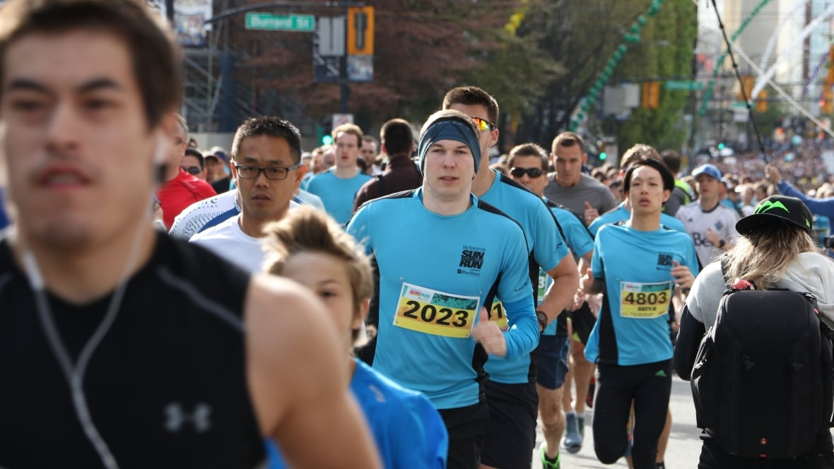 Vancouver Sun Run hits the road for 33rd time with 40,000 runners