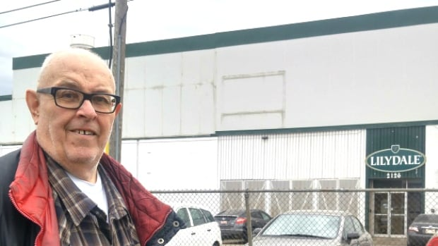 Long-time Ramsay resident Fred Wain comes to the defence of the notorious Lilydale chicken processing farm in Calgary. He says his neighbours should be the ones to dampen their complaints.