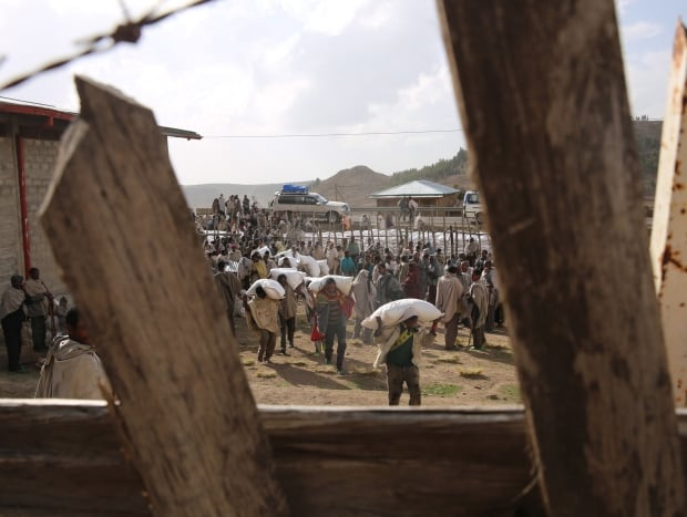 Emergency food distribution in northern Ethiopia